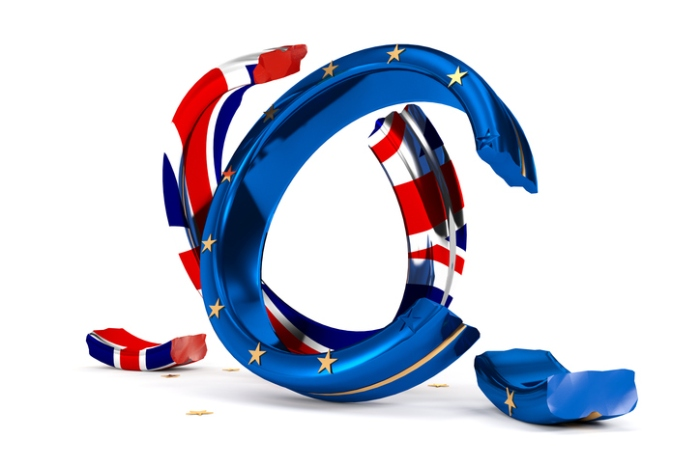 broken Wedding Rings symbolize the Brexit